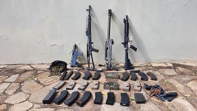 Foto de materiais apreendidos pela Polícia Militar
