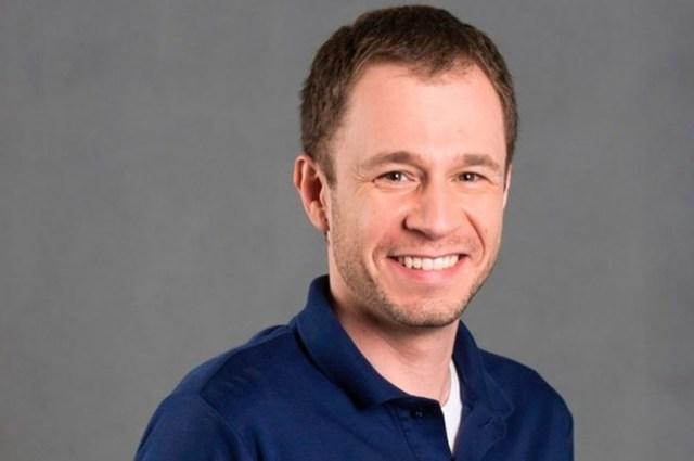 Uma foto do apresentador e jornalista Tiago Leifert