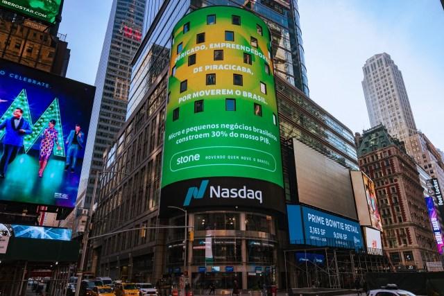 Empresa homenageia Piracicaba em painel da Times Square, em Nova York (EUA)
