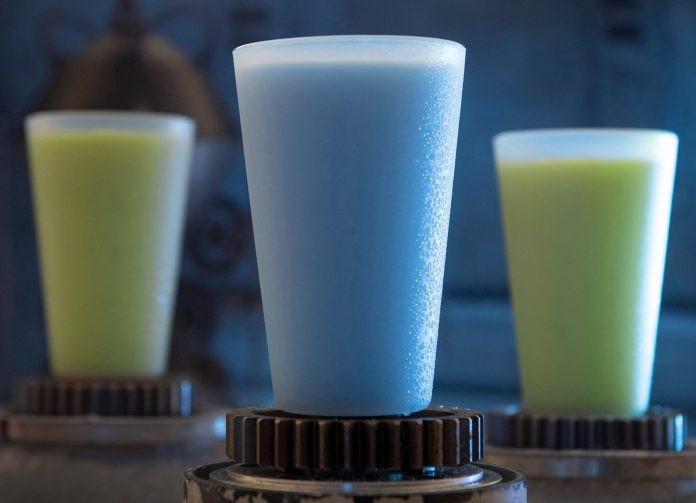 2 glasses of Star Wars green milk and one glass of blue milk