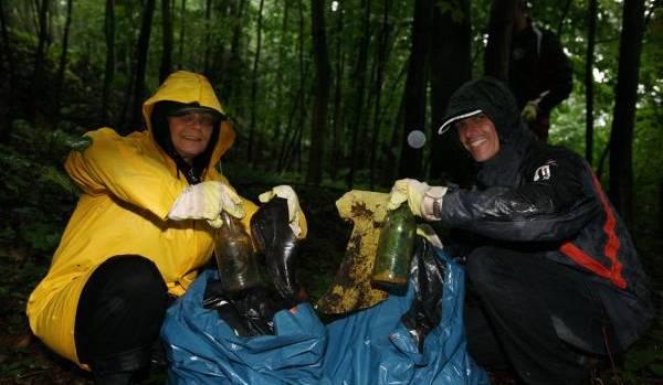 Die Mitarbeiter der Volksbank Pirna haben am vergangenen Sonnabend ganze Arbeit geleistet. Bei strömenden Regen […]