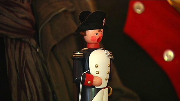 Napoleon Bonaparte ist bereits der fünfte Räuchermann, der als Serie in den Pirnaer Volksbankfilialen erhältlich […]