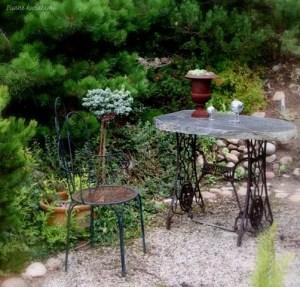 spokojny zakątek w ogrodzie
