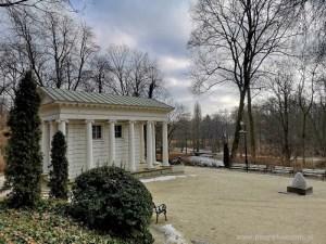 zimowy ogród świątynia Sybilli