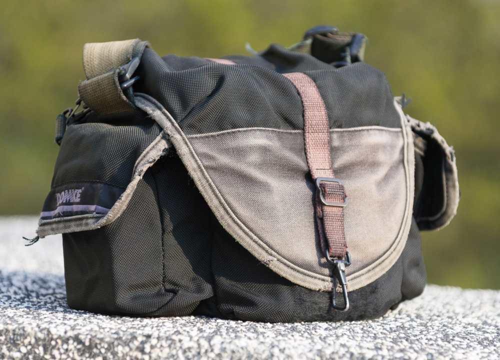 domke f-3x super compact ballistic series shoulder bag