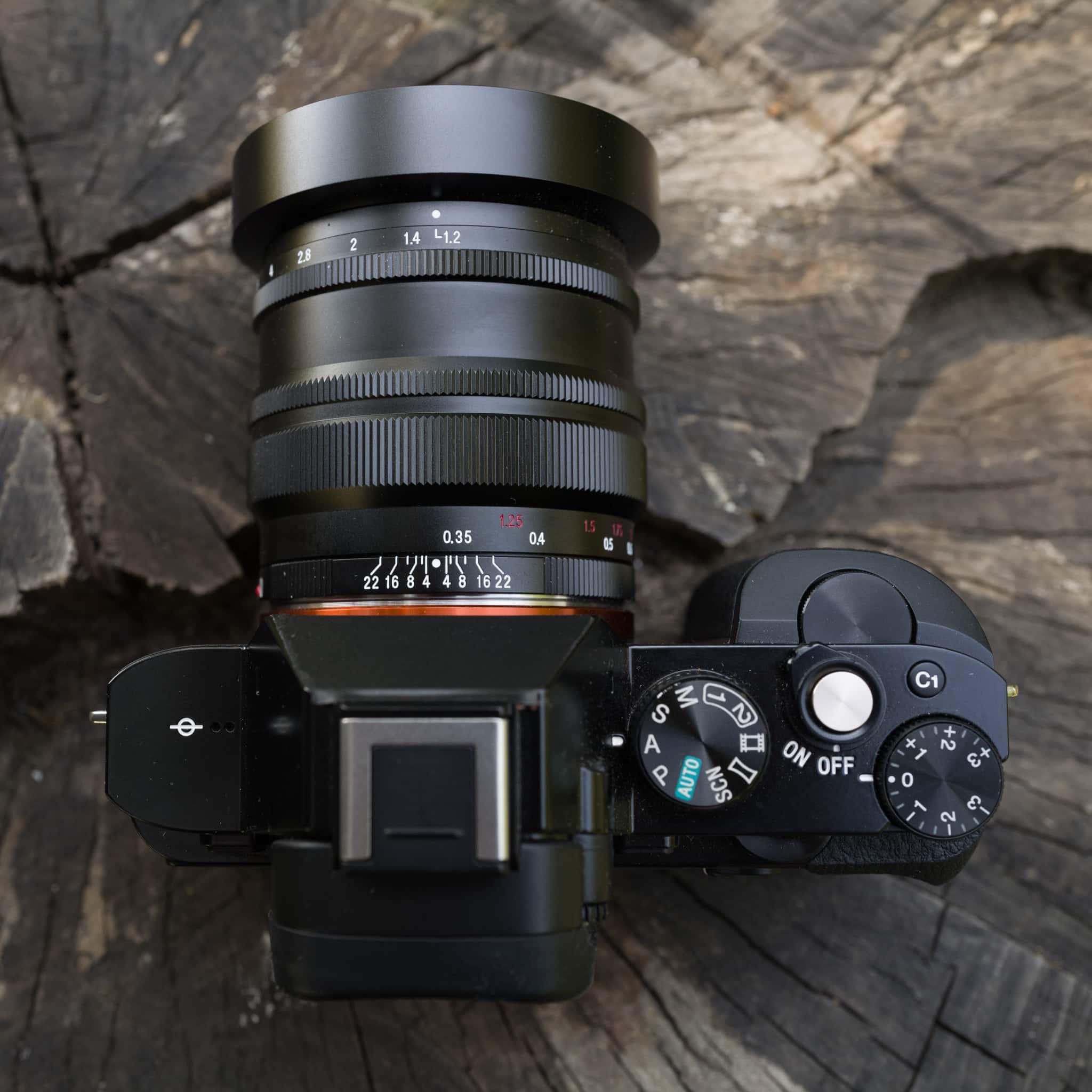 Voigtlander Nokton 40mm f/1.2 SE