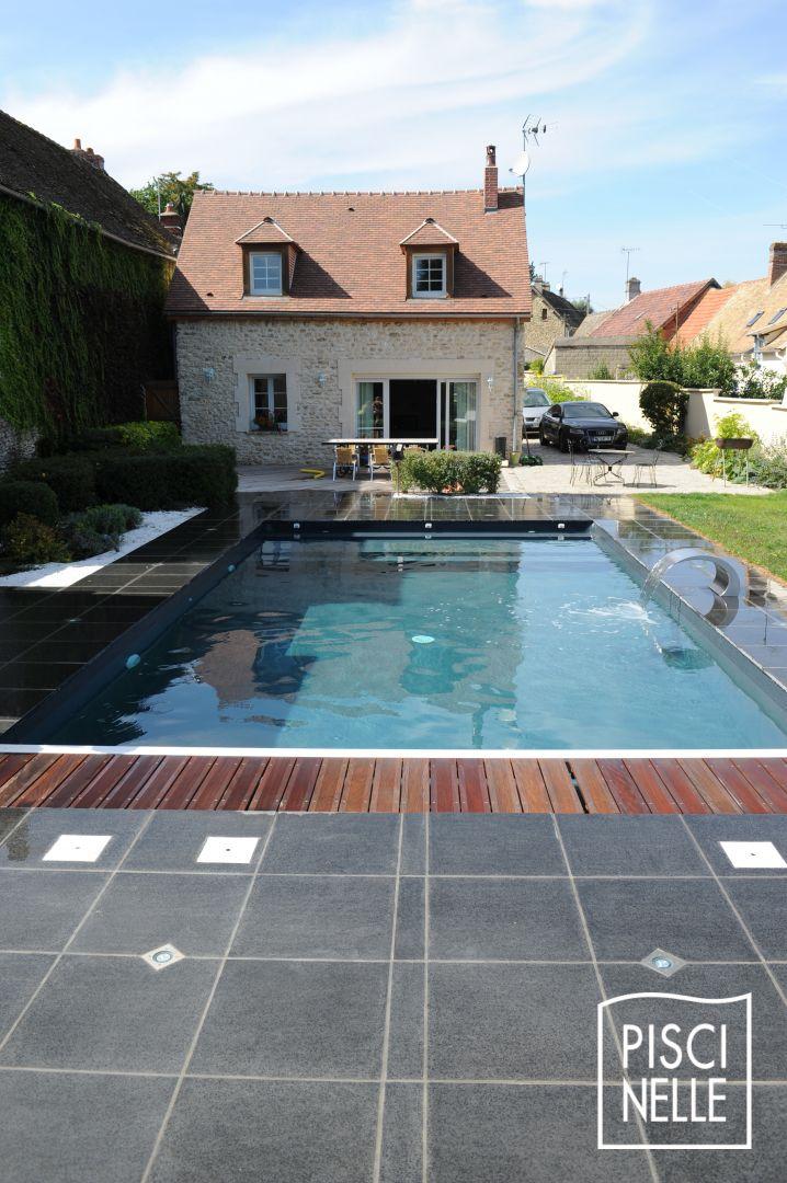 grande piscine rectangulaire tendance