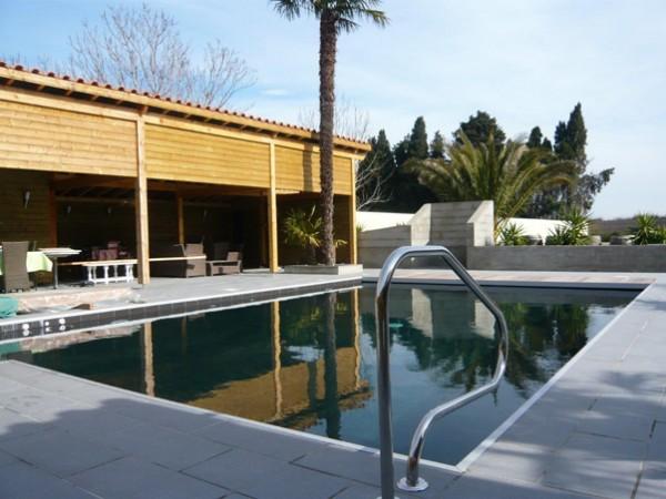 piscine traditionnelle béton marinal