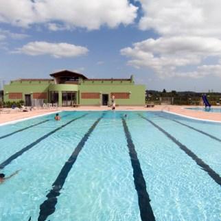 44_piscina-nuotatore