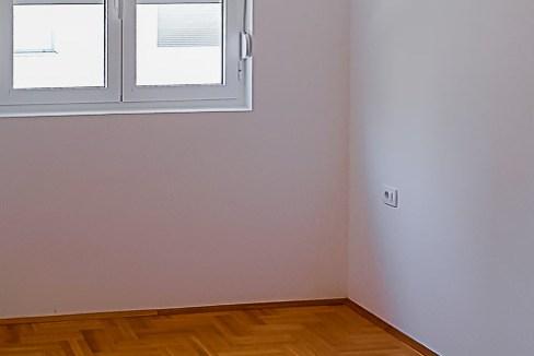 Prodaja apartmana Budva (6 of 10)