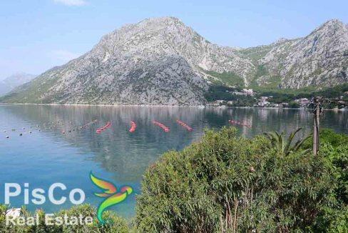 Trospratna vila u Kotoru povoljne cijene prodaja sa prelijepim pogledom