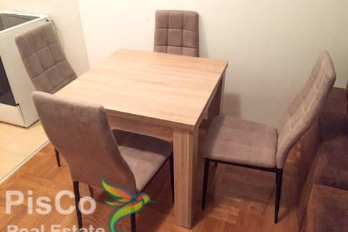 4Izdaje se poslovni prostor na Pobrežju   Podgorica