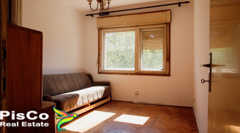 Prodaja stan u Mitra Bakica 59000-10