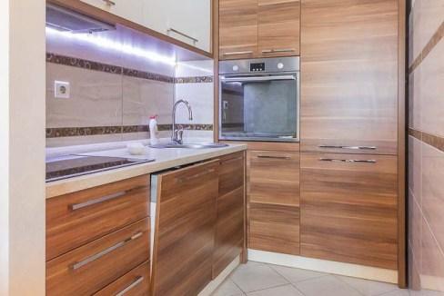 Prodaje se jednosoban stan u zgradi Nikic