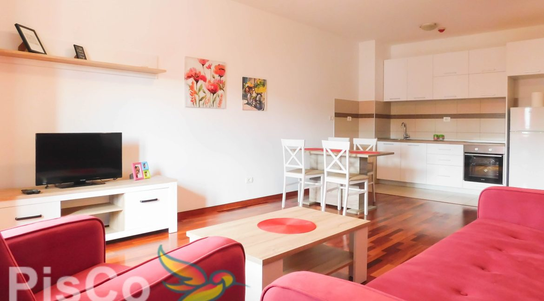 Izdaje se jednosoban lijep stan u City Kvartu