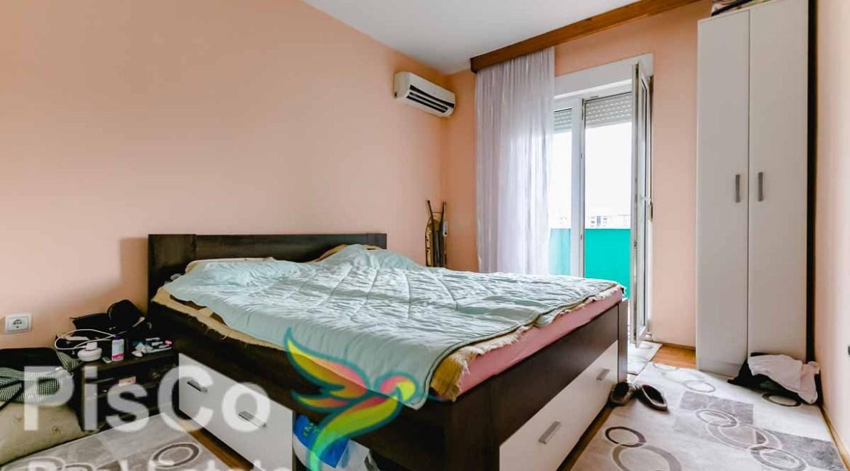 Komforan stan na dobroj lokaciji po fer cijeni