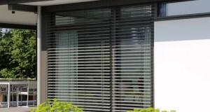 Prečo vám na oknách nemôžu chýbať vonkajšie žalúzie. Spoznajte všetky ich výhody