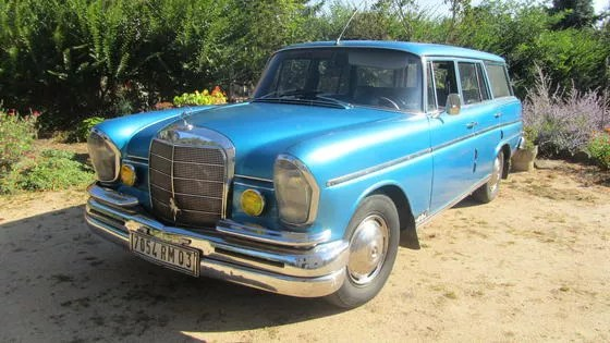 1967 Mercedes 200D Universal Estate