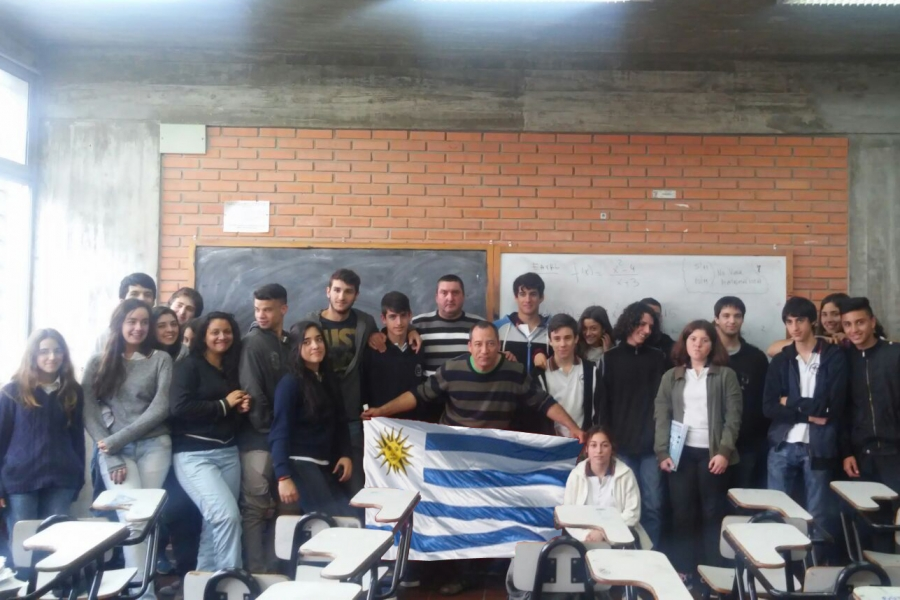 Trabajadores y estudiantes liceales dialogaron sobre cooperativismo y sindicatos