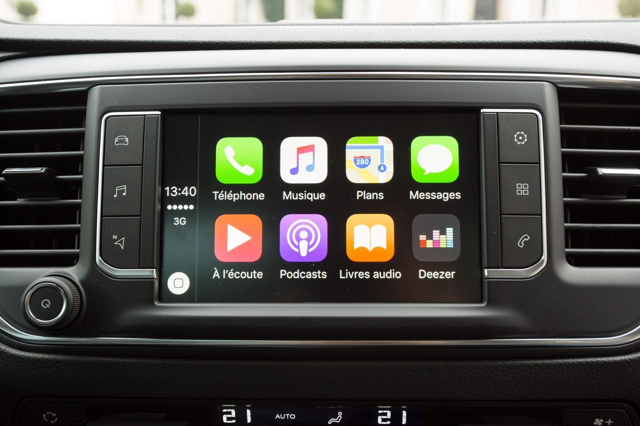 i_7693_large_carplay-psa-interface-2017-nac