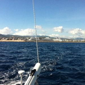 Heckansicht vom Katamaran auf Palma