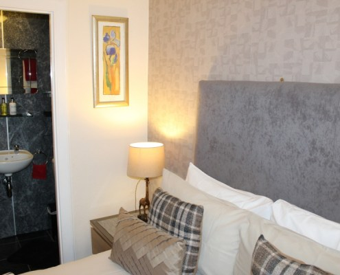 Ensuite facilities at B&B Inverness