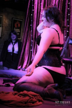 burlesque-is-a-basterd-132