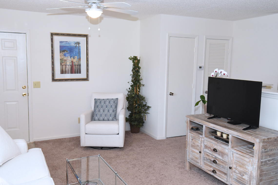 Wesley South at ECU & Brookfield at Lynndale - 2 Bedroom Living Area