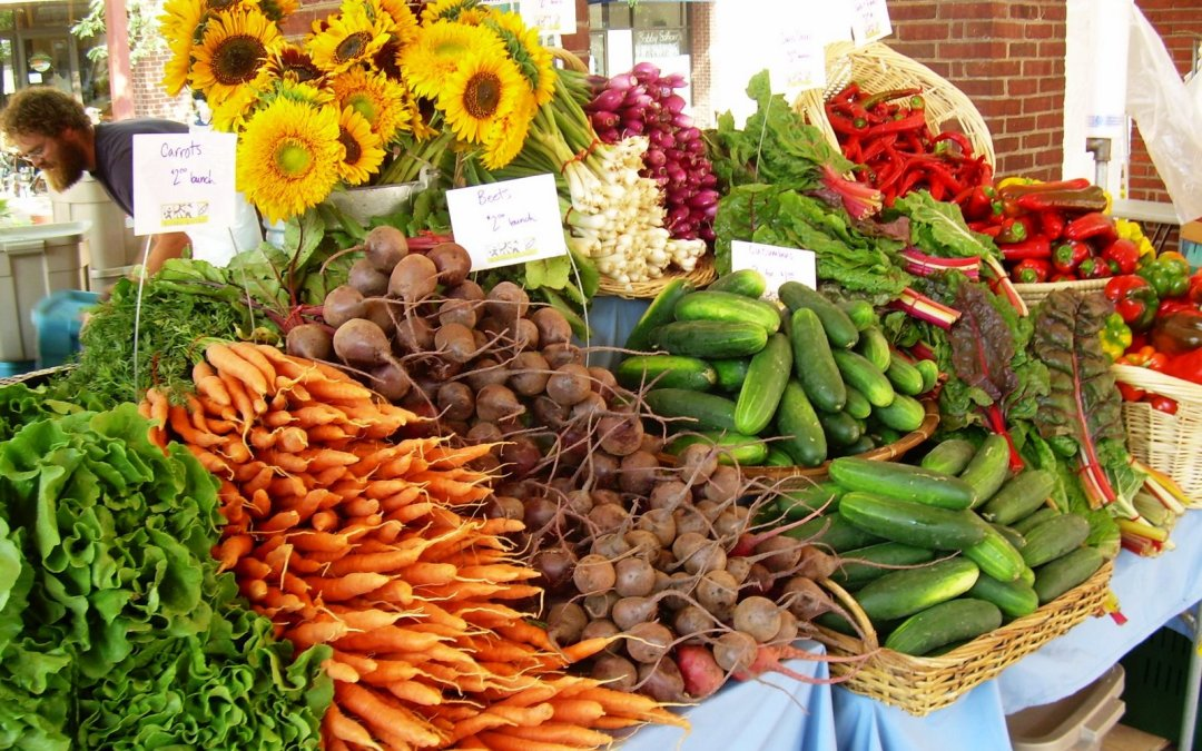5 Great Farmer's Markets in Pittsburgh to Visit This Spring & Summer