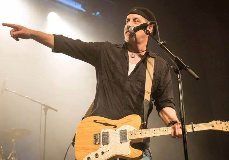 Zeke Peak of the Week:  Bill Toms and Hard Rain live cd release