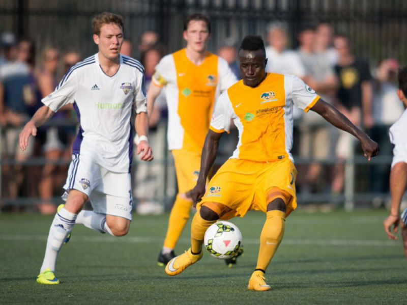 Riverhounds re-sign midfielder Stephen Okai