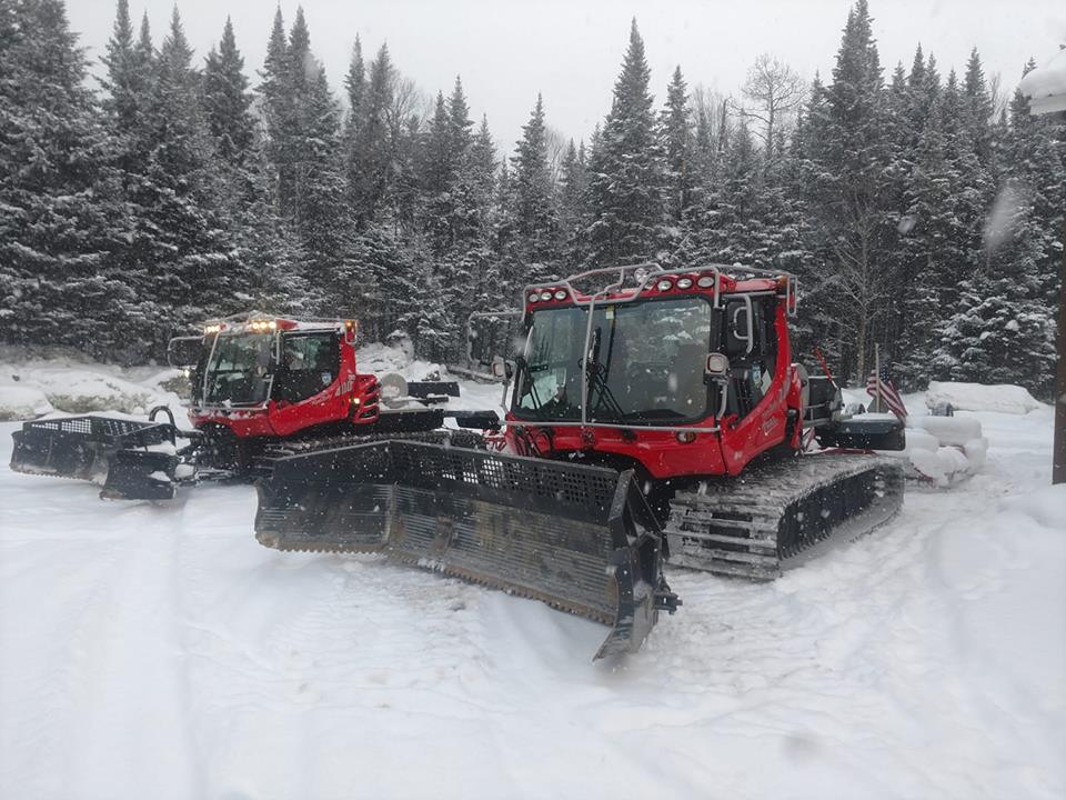 Groomers heading out 12/12/2108