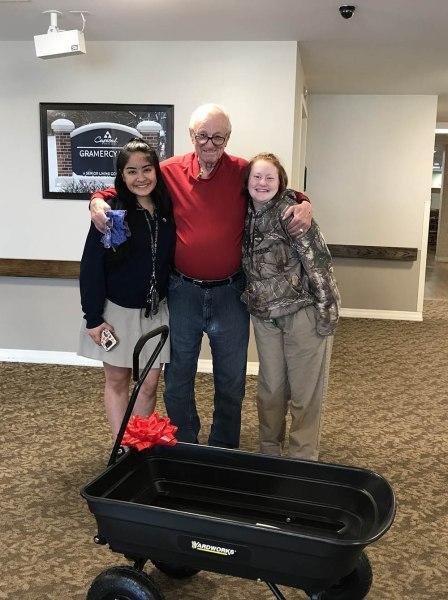donated wagon to Del