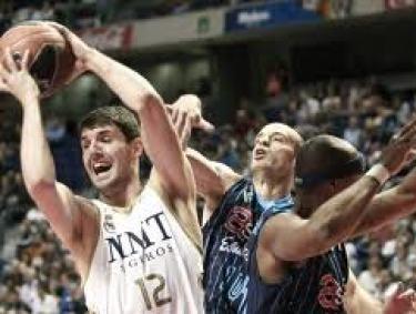 Fuente: www.lavanguardia.com Mirotic fue el ultimo MVP de la liga, seguro que sumara muchisimos puntos en la Supermanager...pero sera muy caro???