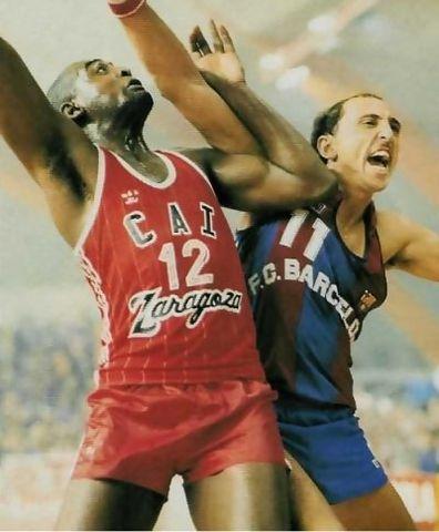 www.solobasket.com 2 cracks, Kevin Magee y Lagarto de La Cruz