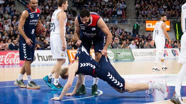 Fuente: www.teinteresa.es Bourousis levanto literalmente a su equipo