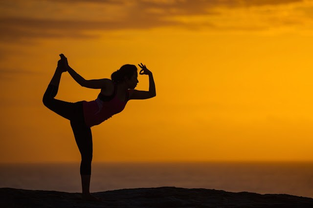 sunrise yoga photography
