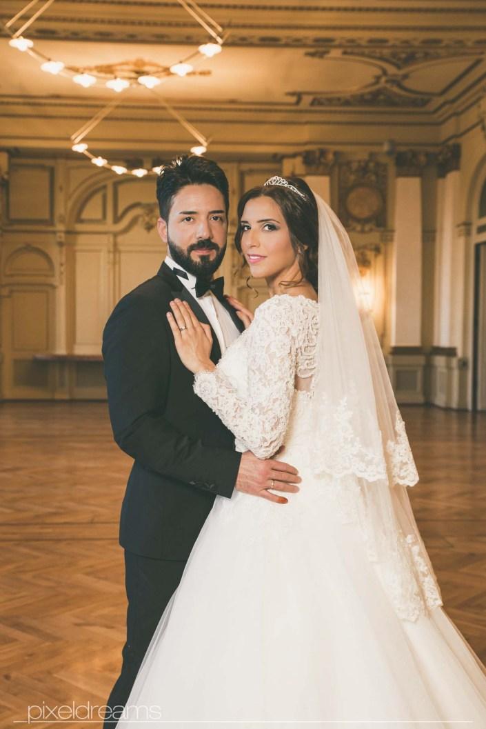 Hochzeitsfoto Stadthalle Wuppertal Braut Braeutigam Türkischer Hochzeitsfotograf Fotograf Hochzeit Pixeldreams