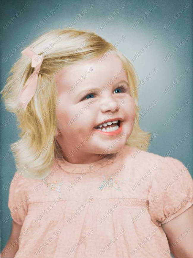 Coloirized photo restoration by Pixelfix Photo Restoration Services