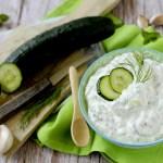 Tzatziki, Salsa Greca di Yogurt con Cetrioli, Menta e Aneto