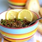 Adas Bis Silq (Zuppa Libanese di Lenticchie e Bietole al Limone)