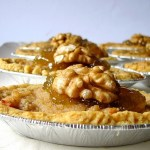 Barchette Integrali alla Crema di Noci e Parmigiano con Confettura di Fichi