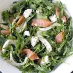 Insalata di Rucola e Finocchi con Salmone, Mozzarella e Semi di Aneto