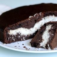 Torta al Cacao con Cuore di Crema al Cocco