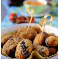 Polpette di Melanzane alla Calabrese con Salsa di Pomodori Crudi