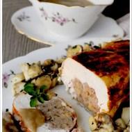 Pollo Ripieno di Salsiccia, Castagne, Origano e Pancetta con Porcini Trifolati e Gravy al Chianti