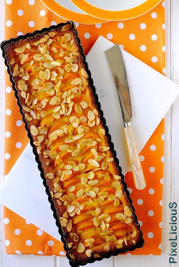 torta albicocche e mandorle 4 72dpi