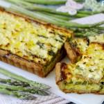 Crostata Salata con Porri, Asparagi e Feta
