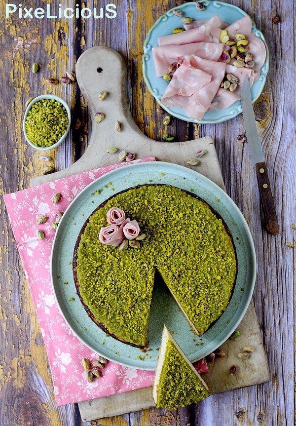 cheesecake salato mortadella e pistacchi