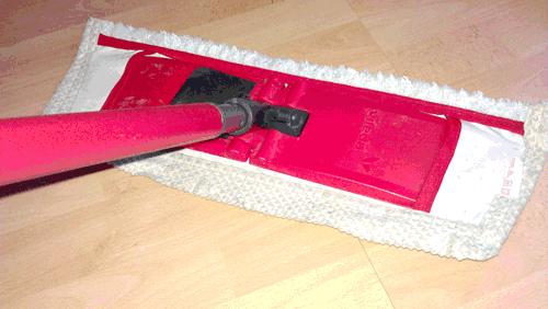 Ein Laminat-Boden muss richtig gereinigt und gepflegt werden